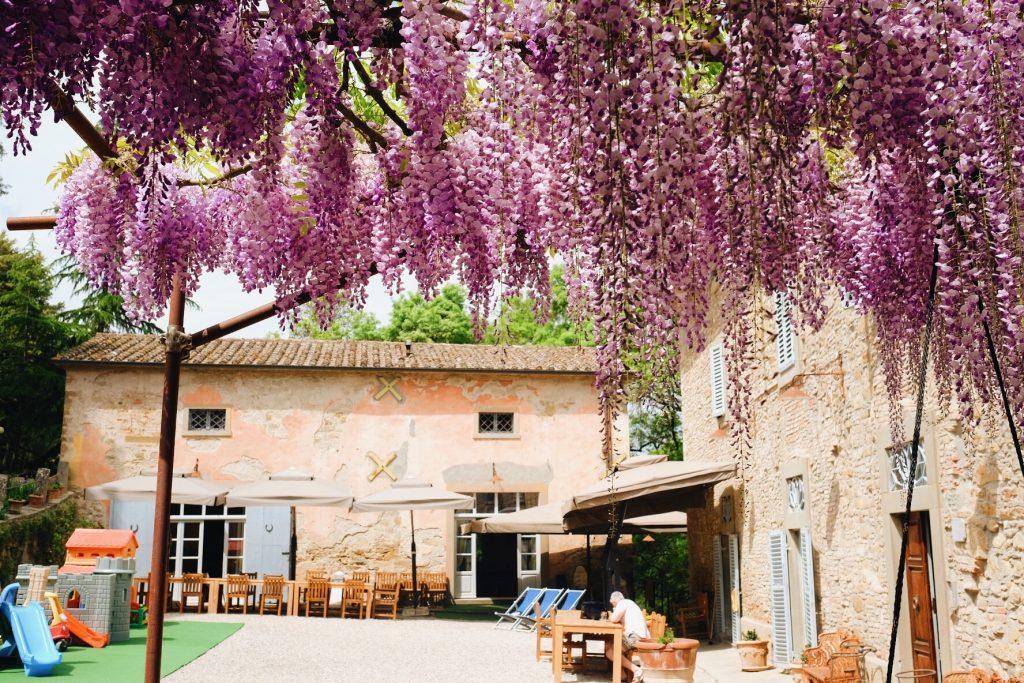 villa pia courtyard