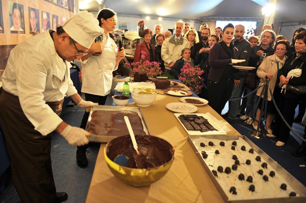 Eurochocolate chocolate demonstrations